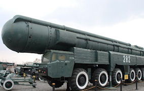 Санкции против санкций, угрозы против угроз.